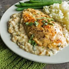 Chicken in Creamy Tarragon Wine Sauce | Serve with a side of Minute White Rice and steamed green beans. Simply delicious.