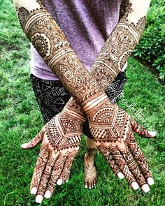 Bridal Henna Now booking ... Instagram @MendhiHennaArtist