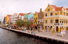 Colors of Curaçao