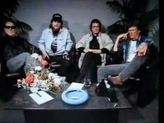 Waylon Jennings, Johnny Cash, Kris Kristofferson Highwaymen on comedy TV Australia Outlaw Country, Matchbox Twenty, Kris Kristofferson, Waylon Jennings, Education Humor, Willie Nelson, Country Music Singers, Kellin Quinn, Comedy Tv