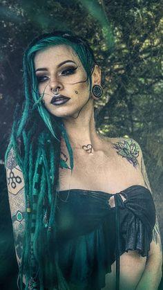 Bikini girl For You! Goth Beauty, Dark Beauty, Tattoed Girls, Inked Girls, Hot Tattoos, Girl Tattoos, Dreads Girl, Alternative Girls, Gothic Girls