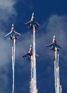 Sukhoi SU-27s of the Russian Knights on the Black Sea in  blue skies. (Photo by Fyodor Borisov/Transport-Photo Images)