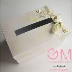 Svatební krabice na dary Butterfly: Ivory & Vanilla & Peach Vanilla, Ivory, Peach, Butterfly, Wedding, Paper Mill, Valentines Day Weddings, Peaches, Weddings