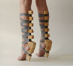 Incredible-looking deconstruction of the high heel. (Would this work?!)