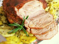 Jagnjetina marinirana sa belim lukom i ruzmarinom,predivno! Na ovakav način pečena jagnjetina je sočna i mekana. Za svačiji ukus po nešto. Bliži nam se Uskrs i ovo je jedan od predloga uskršnje trpeze.