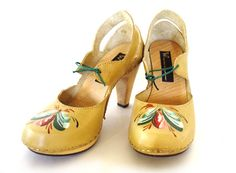 Yellow heels with hand painted embellishment by Åsa Westlund