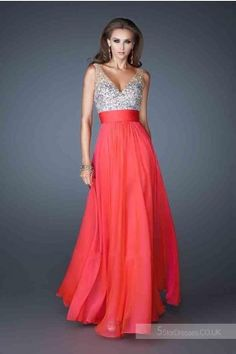 La Femme 18669 Long Dresses for Prom Is Never out of Fashion in women's Wardrobe