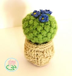 A new pattern for an Amigurumi Cactus :) A PDF pattern is available at: Thanks for looking Crochet Cactus, Crochet Yarn, Crochet Toys, Free Crochet, Crochet Things, Yarn Flowers, Knitted Flowers, Diy Fleur, Amigurumi For Beginners