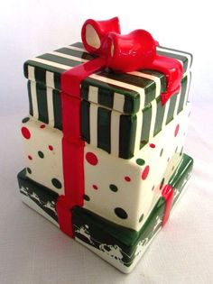 Christmas Cookie Jar Ceramic Holiday Kitchen Decor Gifts Wrapped Presents Large