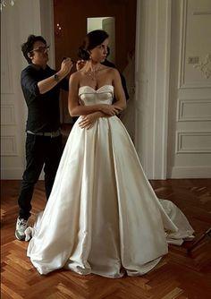 #CiroFlorio #Truccatore #Makeup #Acconciatore #Estetica #Donna #Sposa #Bride #Matrimonio #TuttoSposi #Fiera #Wedding #Campania Elegant Wedding Dress, Wedding Dresses, Black Love, Wedding Planner, Dream Wedding, Marriage, White Dress, Wedding Ideas, Weddings