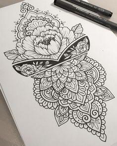 Mendhi mandala tattoo back, henna tattoo back, tattoo le Henna Tattoo Back, Henna Tattoos, Leg Tattoos, Body Art Tattoos, Sleeve Tattoos, Tattoo Legs, Upper Arm Tattoos, Simple Mandala Tattoo, Mandala Tattoo Design