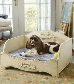 Eloise Dog Bed traditional pet beds