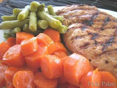 Tuscan House Italian Grilled 10 Minute Chicken, Honey Glazed Carrots and Garlic Seasoned Green Beans