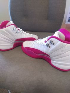 bec61f18be Nike Air Jordan 12 XII Retro GG Pink Valentines Day 510815 109 Sz Condition  is Pre-owned. Shoes have very slight wear and are in great shape.