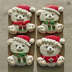 Christmas Themed Cake, Christmas Cupcakes Decoration, Christmas Deserts, Christmas Clay, Christmas Sugar Cookies, Christmas Treats, Christmas Baking, Bear Cookies, Fancy Cookies