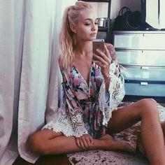 No pants r the best pants  ( a comfy, cozy girl blog ) ♥♥♥  xoxo