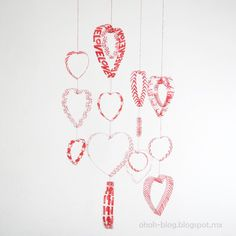 An idea of decoration for valentine's day making hearts recycling plastic bottles. Get some plastic bottles, any size. Cut bottles in … Valentines Day Decorations, Valentine Day Crafts, Be My Valentine, Valentine Hearts, San Valentin Ideas, Saint Valentin Diy, Mobiles, Starbucks Bottles, Reuse Plastic Bottles