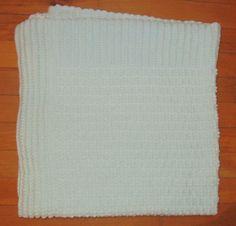 Fabrica Angel's Mint Green Baby Blanket Crochet Vintage 34 x 34 #FabricaAngels