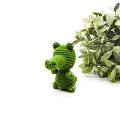 Crochet Toys, Free Crochet, Handmade Stuffed Animals, Cactus Plants, Dinosaur Stuffed Animal, Crochet Patterns, Miniatures, Diy Crafts, Stitch