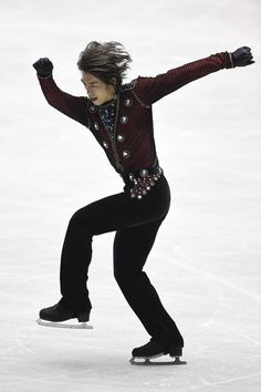 Takahito Mura Photos - ISU World Team Trophy - Day 1 - Zimbio