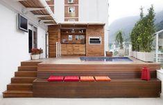 piscina elevada com deck