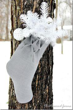 How to make a smocked burlap Christmas stocking...