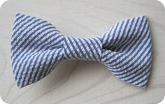 Newborn Infant/toddler Youth Bowties  Navy blue seersucker bow tie by NBrynnDesign, $9.95
