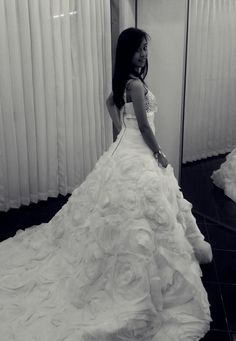 *wedding dress