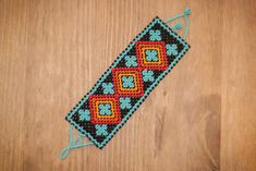 New Design! Free Huichol Bracelet Pattern | The Bumblebead
