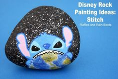 Disney Rock Painting Stitch from Lilo and Stitch Movie Pebble Painting, Stone Painting, Rock Painting, Painting Tips, Crochet Ripple, Crochet Stitch, Chevron Crochet, Free Crochet, Lilo And Stitch Movie