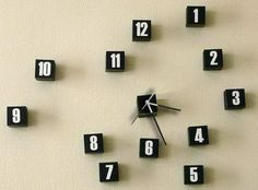Looking at this clock would drive me up the wall!