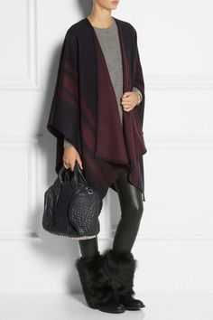 The Chic Ugg? Ugg Leather Boots, Top Designer Handbags, Glitter Uggs, Uggs On Sale, Ugg Snow Boots, Uggs For Cheap, Black Uggs, Ugg Slippers, Boots Online