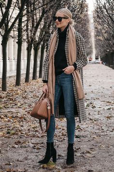 Casual and classic! Simple black turtleneck, jeans, boots, and gingham coat
