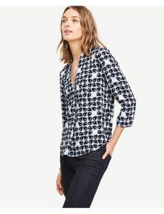 Ann Taylor Leafed V-Neck Shirt