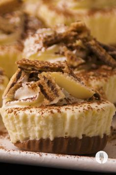 Make an easy no-bake cheesecake with just 5 ingredients! Our secret? We added a chocolate addition making these chocolate cheesecakes extra delicious. We popped them in a muffin tin for an easy prep-ahead dessert.