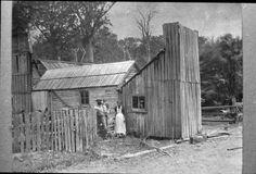 Mill worker's cottage, Mander & Bradley's Mill, near Nihotupu Auxillary Reservoir. c.1897.