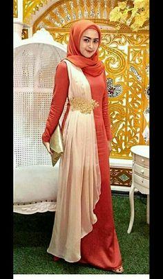 43 ideas dress hijab modern maxi skirts Source by hijab Dress Brokat Muslim, Muslim Dress, Dress Muslim Modern, Hijab Dress Party, Hijab Style Dress, Kebaya Dress, Dress Pesta, Trendy Dresses, Nice Dresses