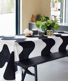 Maija Isola´s Lokki is one of Marimekko´s most iconic fabrics. Scandinavian Style Home, Scandinavian Design, Marimekko Fabric, Types Of Curtains, Black And White Interior, White Houses, Inspired Homes, Table Linens, Home Collections