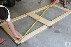 Building a screen door is a great DIY project that will add beautiful character to your home. Learn how to build a screen door with this tutorial. Front Door With Screen, Wood Screen Door, Mesh Screen, Screened Porch Doors, Front Porches, Custom Screen Doors, Welcome Signs Front Door, Diy Home Repair, Back Doors