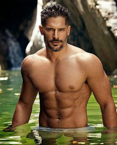 Joe Manganiello is reprising his role as Big Dick Richie in the sequel of Magic Mike XXL with Channing Tatum. Let's take a look at Joe Manganiello diet and workout: Hot Guys, Joe Manganiello Diet, Joe Manganiello Shirtless, Joe Manganiello Magic Mike, Joe Manganiello True Blood, Joe Maganiello, Taylor Kitsch, Hommes Sexy, Raining Men