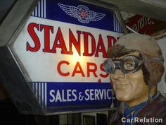 Various automobilia from CarRelation member Sidescreen #classiccar #automobilia #carrelation