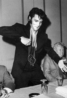 Elvis @ 69 press conference