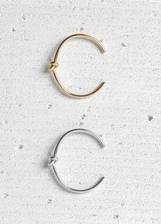 Trends Jewelry  2017  Céline | Knot Extra Thin Bracelets #cartonmagazine