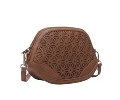 LADIES-LOVELY-TAN-BROWN-CUTWORK-LEATHER-LOOK-CROSS-BODY-SADDLE-BAG-STYLE-BAG