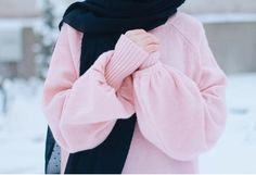Hijabi 💕 shared by Apple Blossom on We Heart It Stylish Hijab, Casual Hijab Outfit, Hijab Chic, Hijabi Girl, Girl Hijab, Hijab Mode Inspiration, Hijab Hipster, Mode Turban, Hijab Stile