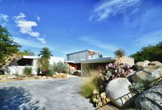 Richard Neutra was commissioned by Edgar J. Kaufmann, the same man who hired Frank Lloyd Wright to build the Falling Water home, to design this Palm Springs vacation home.