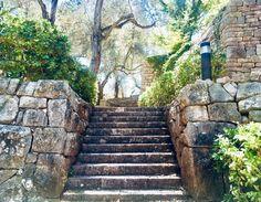 Sidewalk, Stairs, Home Decor, Pintura, Stairway, Decoration Home, Room Decor, Side Walkway, Walkway