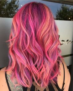 Flamingo Hair: New hair color for summer – GLAMOR - Modern Cute Hair Colors, Hair Dye Colors, Cool Hair Color, Hair Colour, Pulp Riot Hair Color, Sunset Hair, Pinterest Hair, Unicorn Hair, Grunge Hair