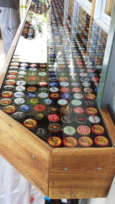 DIY OUTDOOR BAR IDEAS 47 - decoratoo - Browse man cave basement bar ideas for the home. Also, check out the possibilities to add to your own home bar designs. Bar Top Epoxy, Epoxy Table Top, Diy Resin Bar Top, Epoxy Resin Table, Wood Resin, Backyard Bar, Patio Bar, Patio Table, Pool Bar