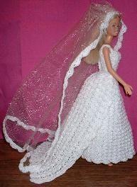 crochet bridal gown for Barbie Crochet Barbie Patterns, Crochet Doll Dress, Barbie Clothes Patterns, Crochet Barbie Clothes, Doll Clothes Barbie, Knitted Dolls, Doll Patterns, Barbie Bridal, Barbie Wedding Dress